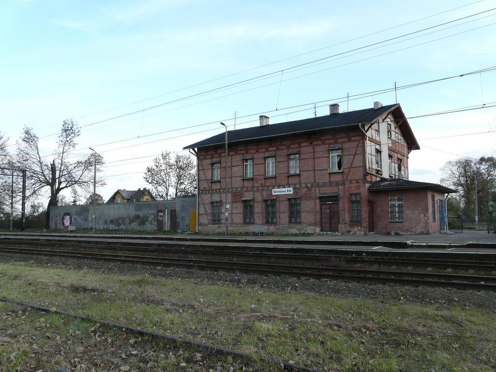 https://www.bazakolejowa.pl/foto/1042/1295818066-1.jpg